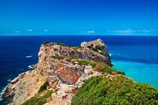 skiathos island saint castle