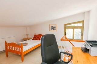villa saint george single room